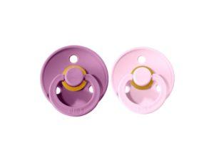 Estos chupetes Bibs Lavender/Baby Pink son característicos por su tetina redondeada, en forma de cereza que es la tetina que mas se asemeja al pecho materno