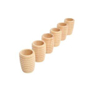 Estos cubiletes Nido de Abeja en forma cilíndrica de madera con multiples posibilidades, son un material sensorial magnífico gracias a la superficie.