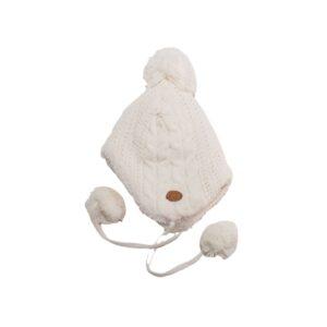 gorro de color blanco forrado con coralina blanca muy comodo para niños y niñas